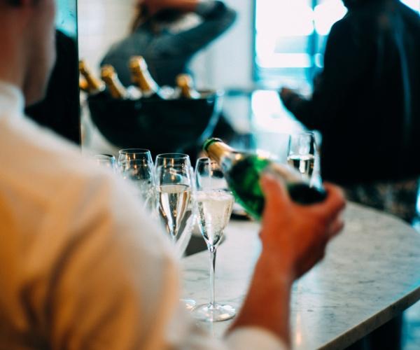 Barman Académie, organisme de formation Barman Barista Découverte vin, Lyon région Auvergne Rhone Alpes