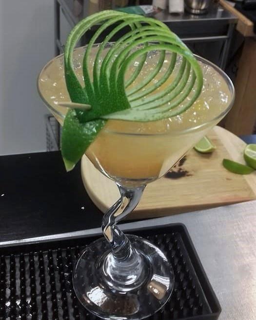 Recherche Barman/Barmaid Lyon 2