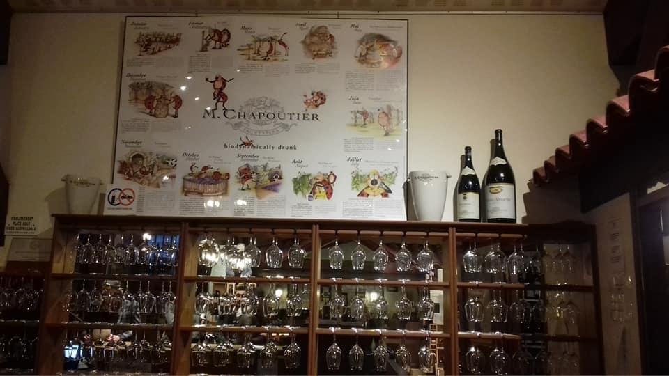 Dégustation Maison Chapoutier dans le cadre de la formation profesionnelle CQP Barman Monde de la Nuit par Barman Académie Lyon Auvergne Rhône Alpes