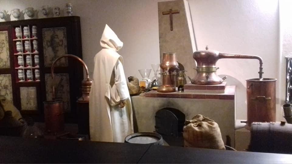 Visite de la Cave de la Chartreuse par la promotion CQP Barman - Barman Académie Lyon Rhône Alpes